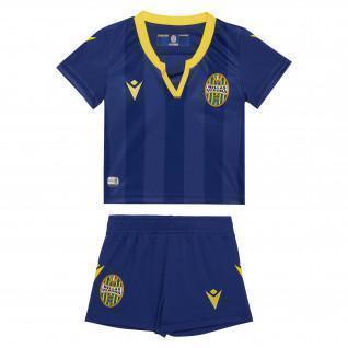 Kit de bebé en casa Hellas Verona 19/20