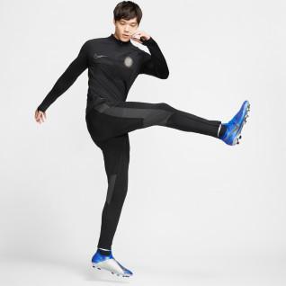 Formación superior Nike Aeroadapt Strike