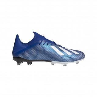 los zapatos de Adidas X 19.2 FG
