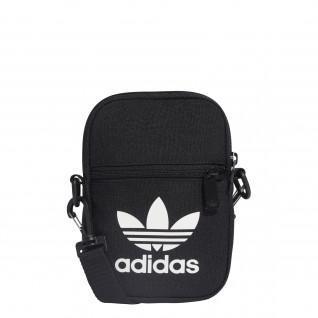 Festival del trébol bolsa de Adidas