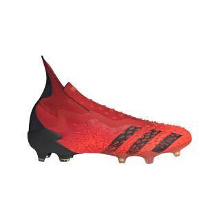 zapatillas de fútbol predator freak fg
